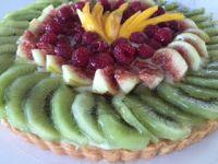 פאי פירות עם קרם פטיסייר